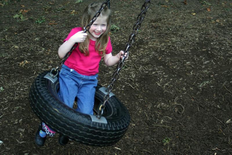 061009-070 (Cassidy,Kindergarten;5.75yo;SCDS-Playground[waiting-for-Caelan]).jpg