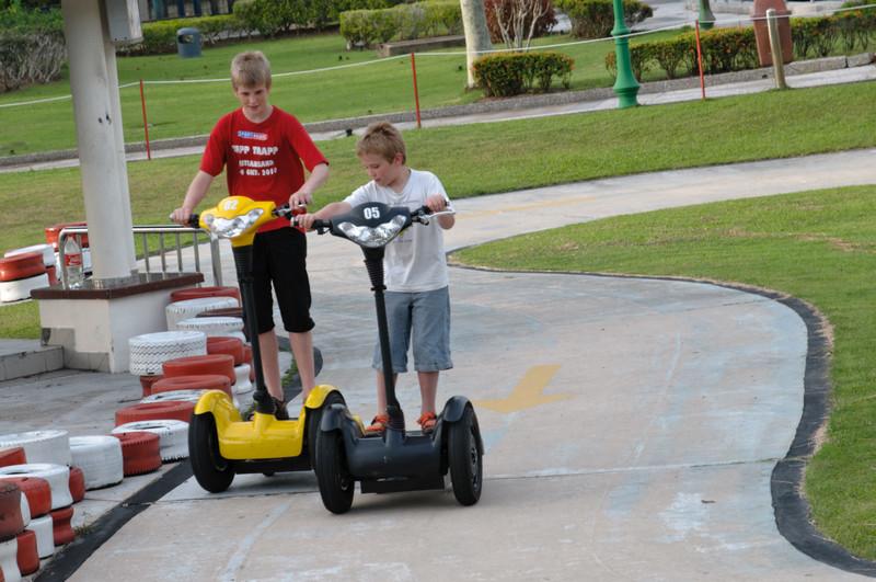 Dieses ist eine der neuen Attraktionen im Jerudonpark. Statt Achterbahnen gibt es jetzt mehr für kleinere Kinder.