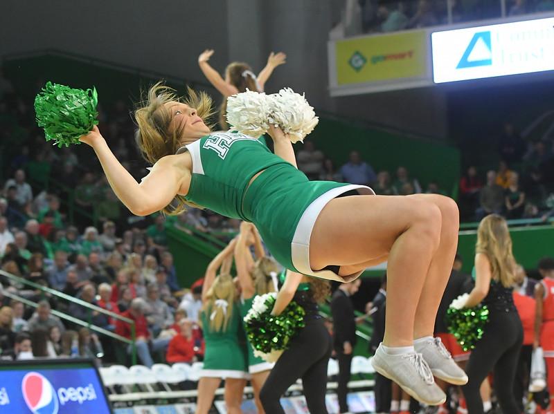 cheerleaders5096.jpg