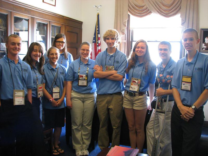 Dist 1'ers in Tim Walz's office: Nathan, LaLissa, Megan, Sarina, Abby, Austin, Robin, Matt and Peter