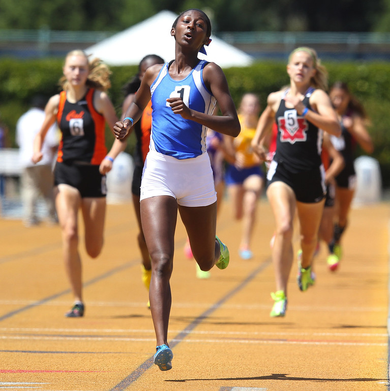 . San Leandro\'s Nijae Jones wins the girls 800 meter final at the North Coast Section Meet of Champions at Cal\'s Edwards Stadium in Berkeley, Calif., on Saturday, May 25, 2013. (Anda Chu/Bay Area News Group)