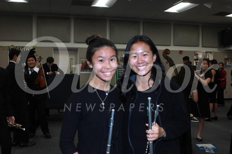 8697 Cassandra Liong and Carolyn Tao.jpg
