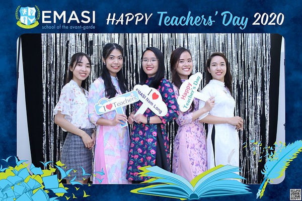 EMASI | Vietnam Teacher's Day instant print photo booth @ EMASI Nam Long Campus | Chụp hình in ảnh lấy li�n Ngày Nhà giáo Việt Nam 20/11 | Photo Booth Vietnam