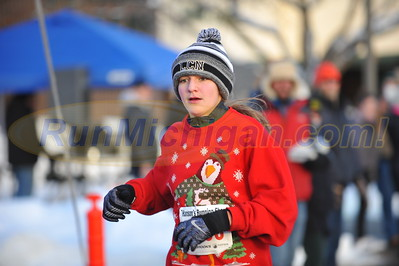 Finish Gallery 1 - 2016 Shelby Twp. Jingle Bell Run