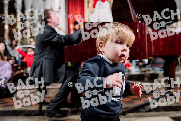 © Bach to Baby 2019_Alejandro Tamagno_Kensington_2019-12-11 017.jpg