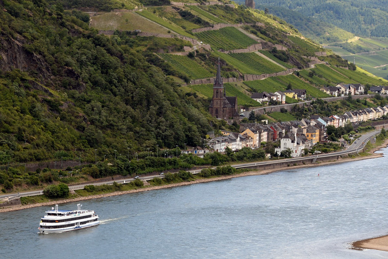 Rhine River Bacharach 02.jpg