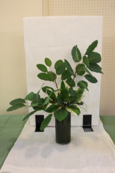 September, Intermediate, Traditional Foliage Design, Susan Straten, Honorable Mention