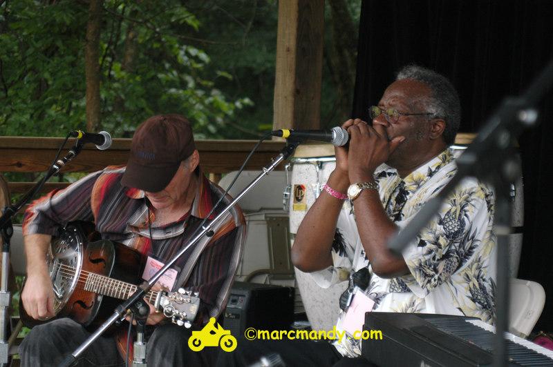 Phila Folk Fest- Sun 8-28 012 Blues Workshop.JPG