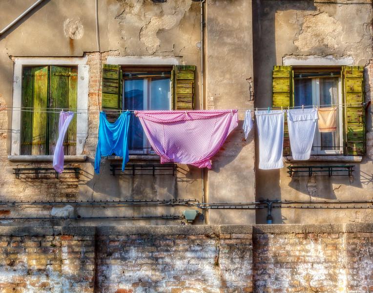 IMG_0504_venice laundry
