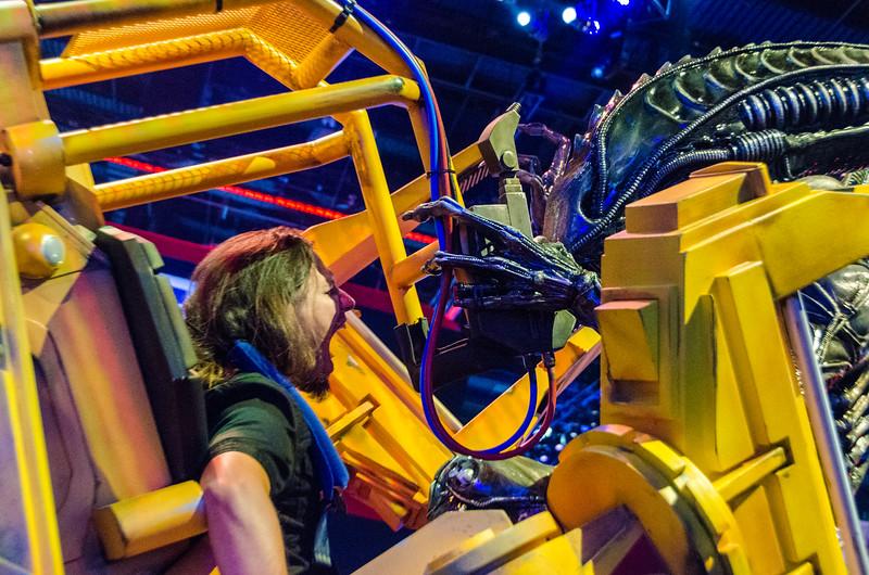 Alien vs some dude at E3 2012