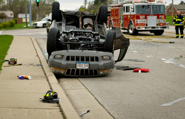 West Dundee Rt. 72 Rollover - March 26, 2012