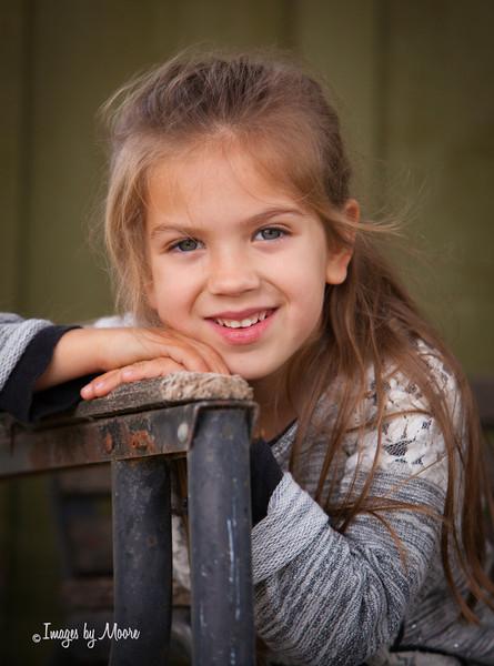 """Happy Girl"" Child Photo Session"