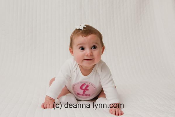 2011 - dec / Chloe 4 months