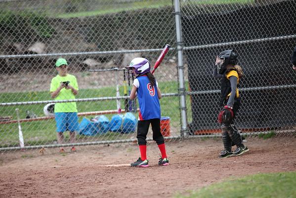Brianna Softball 4.23.16
