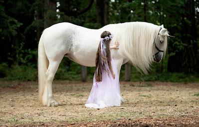 Simone Morales - Unicorn