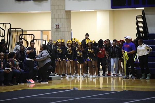 Wise Cheerleaders