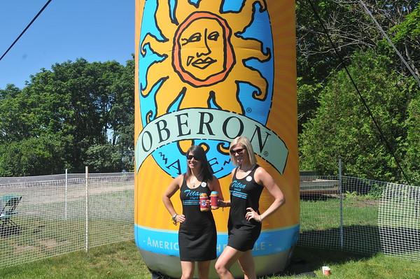 """2017 Bell""""s Beer Bayview Mackinac Race Award"""