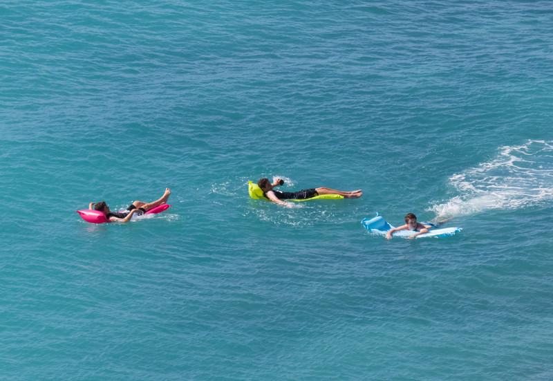 Waikiki Floaters