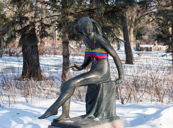 "DAVID LIPNOWSKI / WINNIPEG FREE PRESS  Even the sculptures need to bundle up, including ""Surprise"" Friday March10, 2017 at the Leo Mol Sculpture Garden at Assiniboine Park"