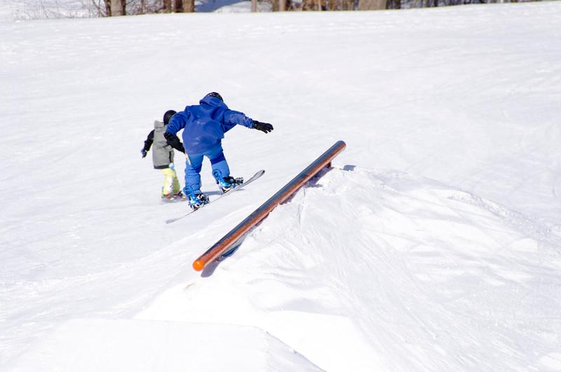 Snow-Trails-Rail-Jam-8128.jpg