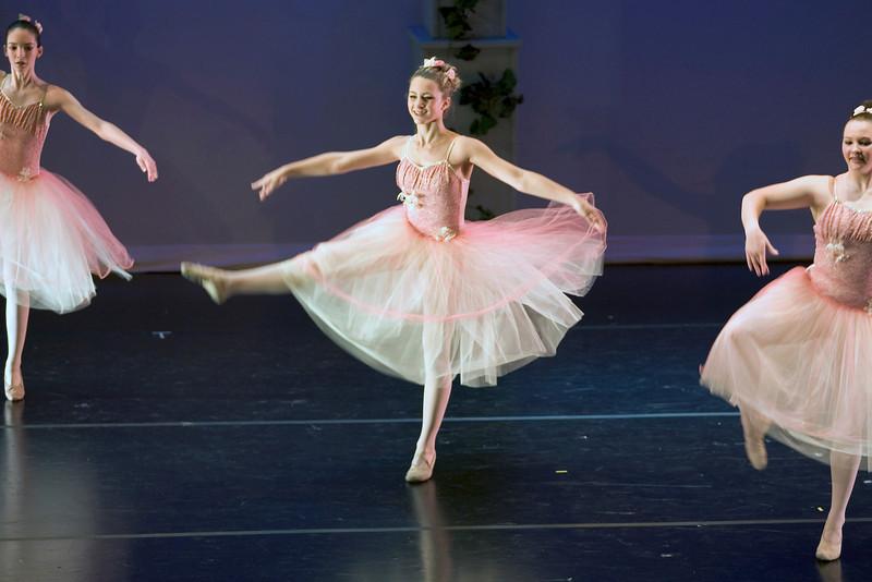 dance_05-22-10_0238.jpg