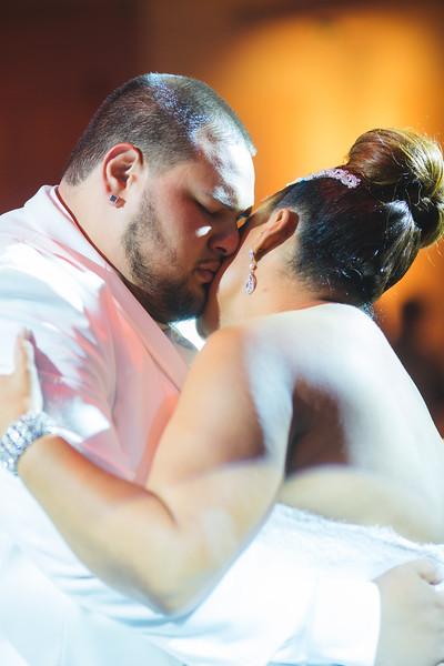 MER__0884_tonya_josh_new jerrsey wedding photography.jpg