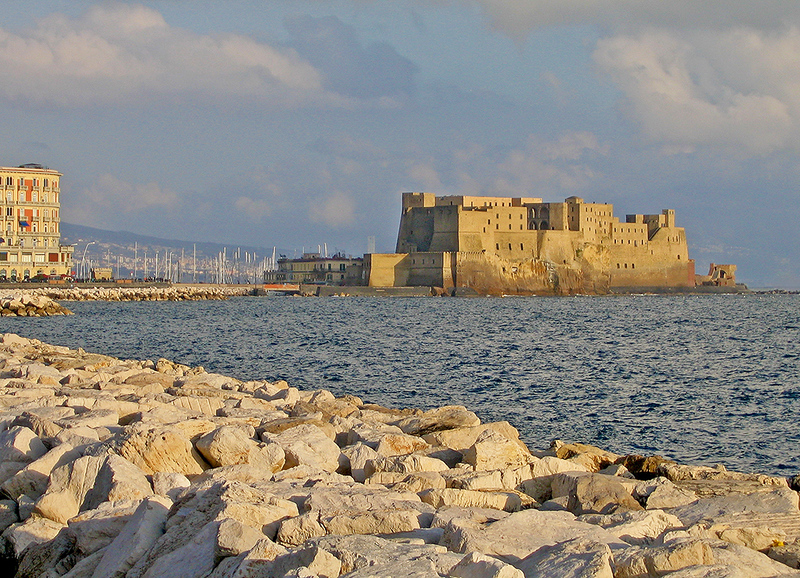 castel dell'ovo naples