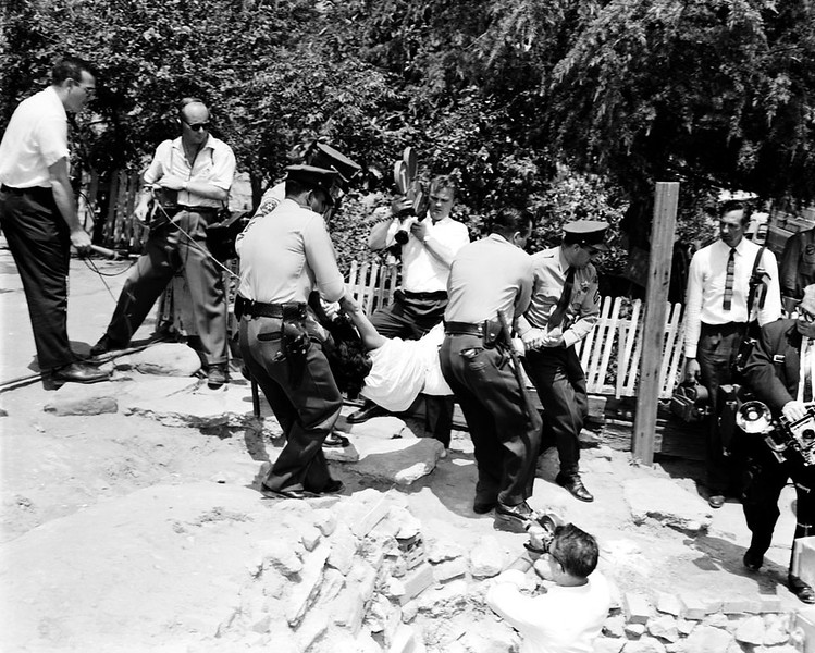 1959, Evictions
