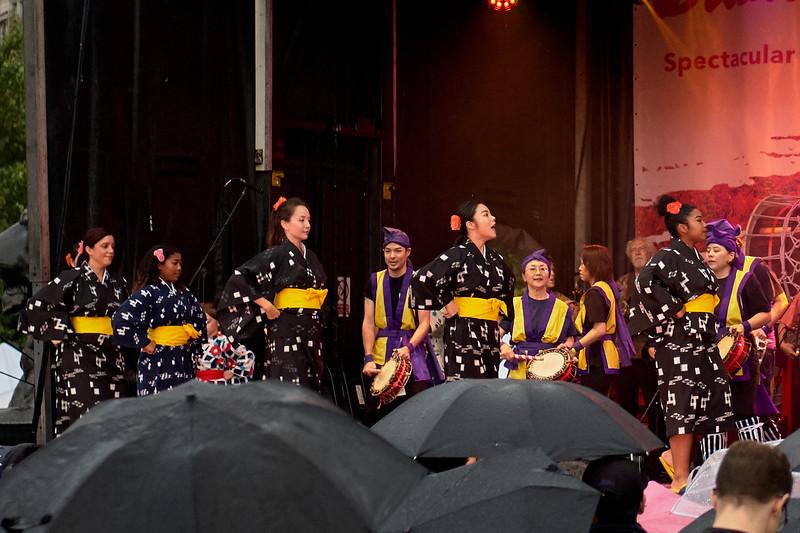 Okinawa Sanshinkai - Kenjinkai and Sonda Sinenkai Eisa Group