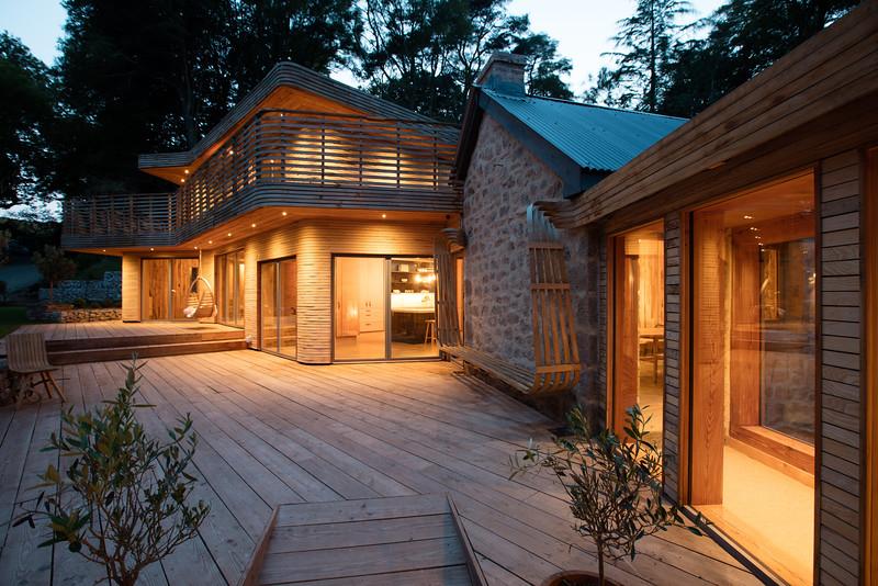 145-tom-raffield-grand-designs-house.jpg