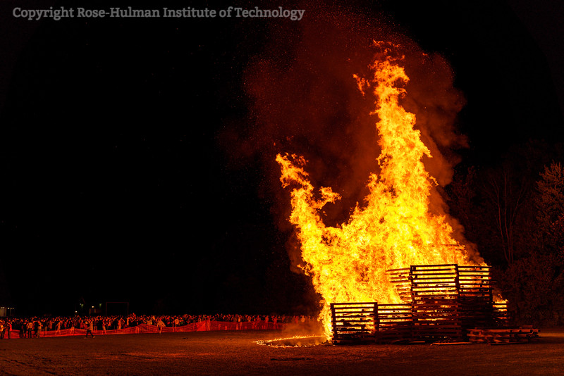RHIT_Homecoming_2019_Bonfire-7414.jpg