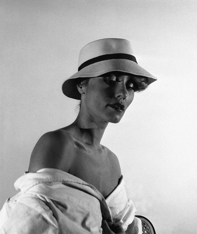 . Paris couturier Givenchy presents in his 1974 spring and summer collection this crème felt hat circled with a navy band, Jan. 24, 1974. (AP Photo/Jacques Marqueton)