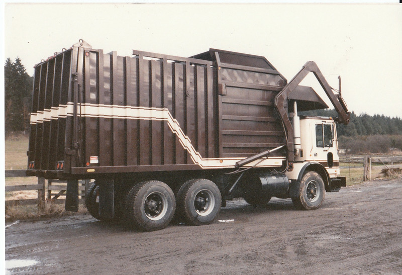 Mack MR Able Body Company Front Loader