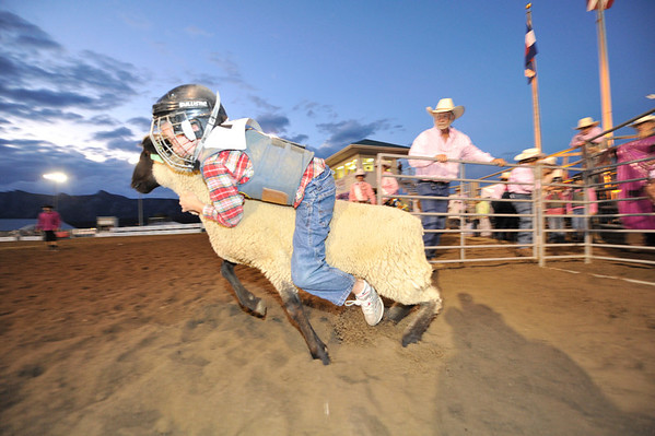 2011 Rooftop Rodeo Mutton Busting!