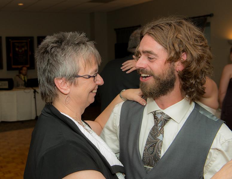 EDITS - Ryan and Lindsey Wedding 2014-747.jpg