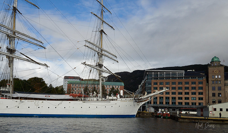 Statsraad Lehmkuhl - 1914 Bergen Harbor