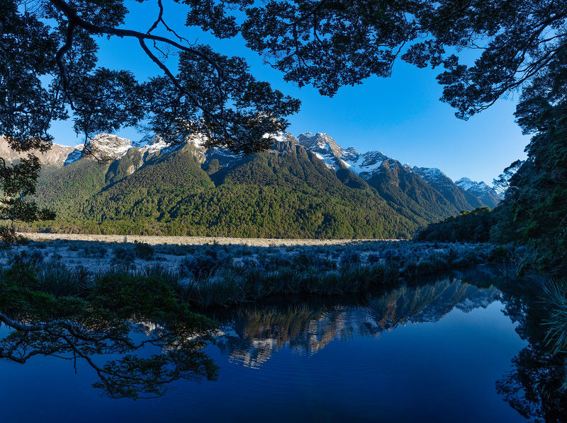 Mirror Lakes and Earl Mountains
