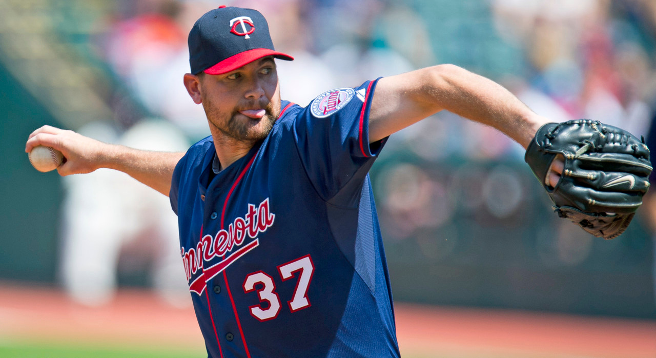 . Twins starter Mike Pelfrey held the Indians to one earned run and two hits over five innings. (Photo by Jason Miller/Getty Images)