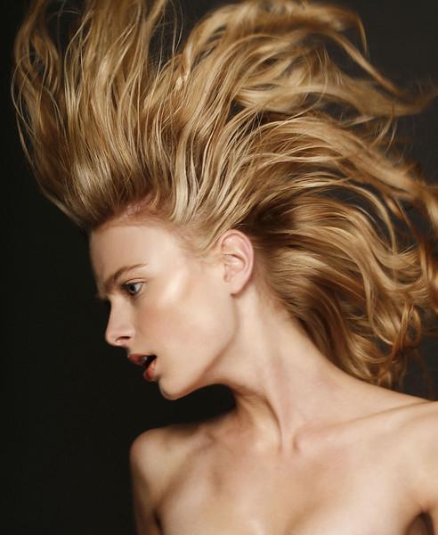 Creative-space-artists-hair-stylist-photo-agency-nyc-beauty-editorial-ELLEN_MG_0250 CROPPED copy-alberto-luengo.jpg