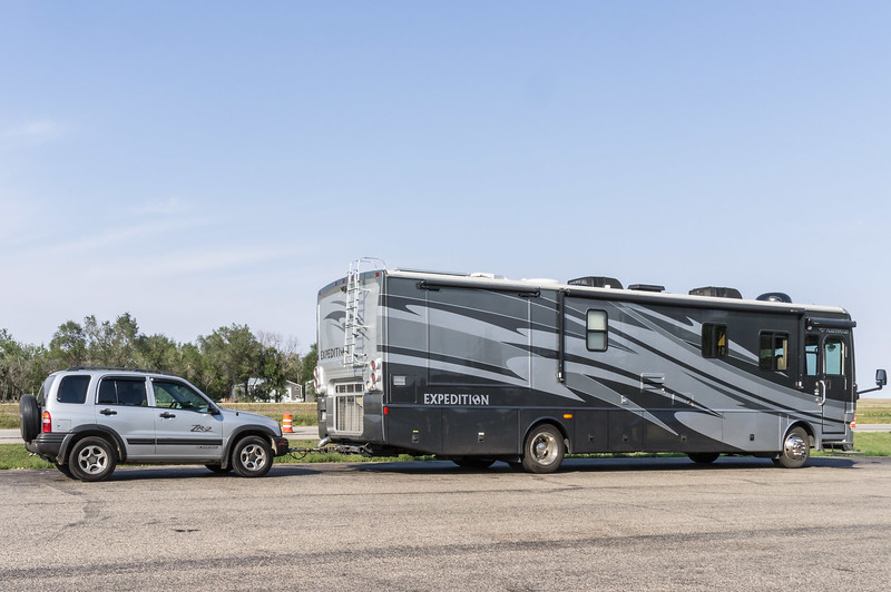 Motor home, Fleetwood Expedition 38v + Chevvy