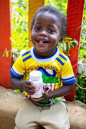 2016 Kenya Henrique Ruiz in Limiru Children's Center