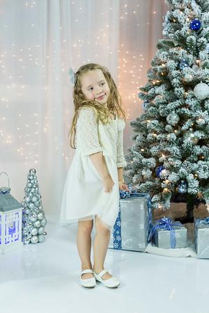 Anya Spring Christmas