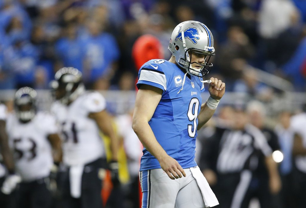 . <p><b> Giants at Lions (-9):</b>  <p>Detroit coach Jim Schwartz insists he�s sticking with struggling Matthew Stafford. The Lions� quarterback threw three interceptions in their stinging Monday night loss to Baltimore. To put that number in perspective, it would take Eli Manning an entire half to throw that many INTs. <p>Pick: <b>Lions by 14</b> <p>    (AP Photo/Rick Osentoski)