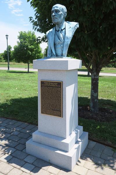 Clement Richard Attlee Monument