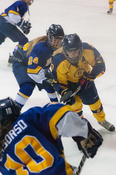 20130310 QWHockeyvsUBC 466.jpg