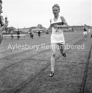 Quarrendon CS School sports, May 1963