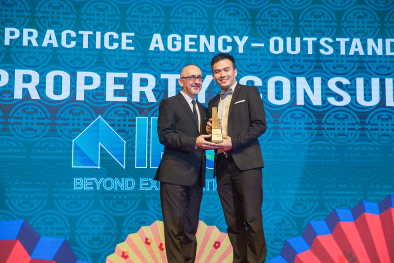 Star Propety Award Realty-839.jpg