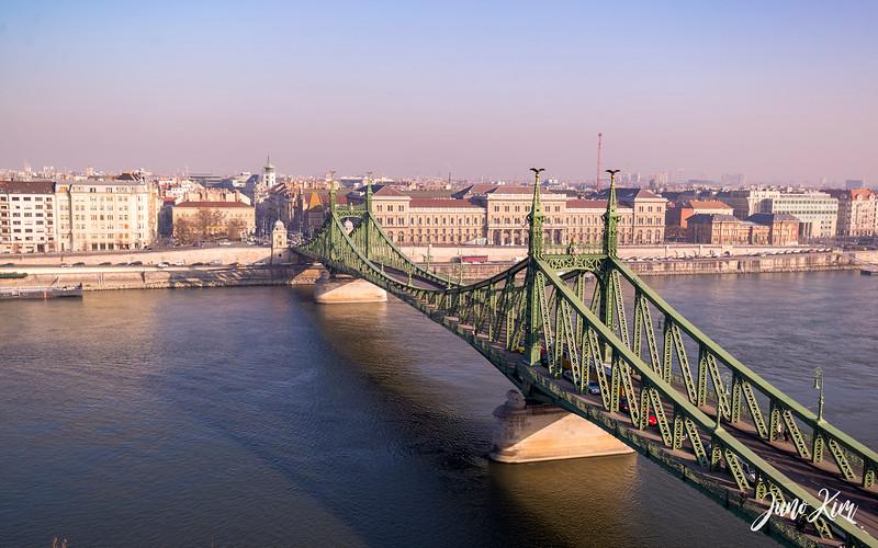 2016.12_Budapest__6102036-Juno Kim.jpg