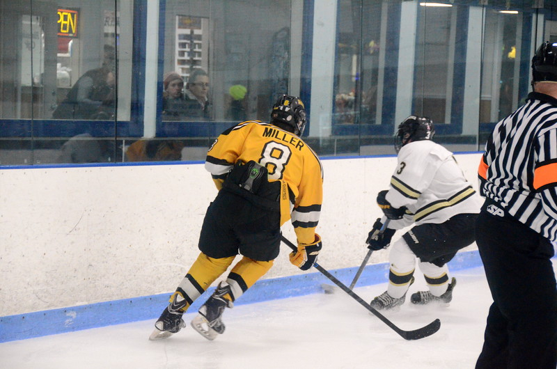 150103 Jr. Bruins vs. Providence Capitals-028.JPG