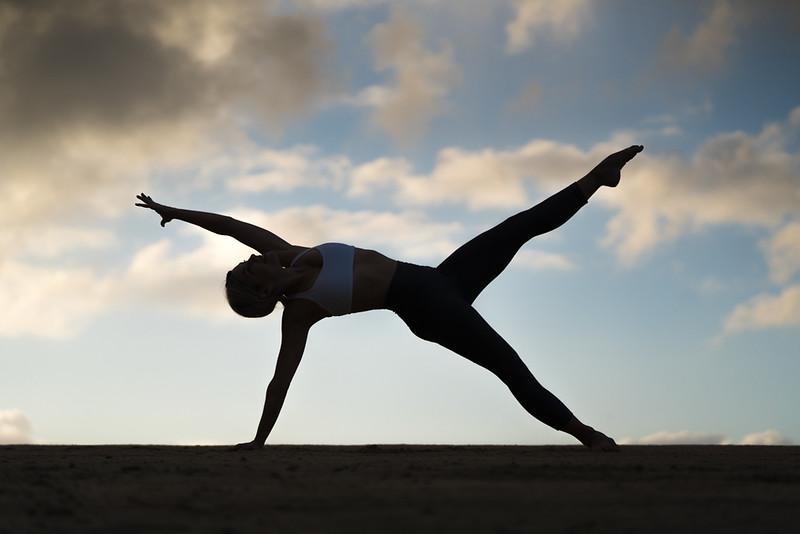 IG - Hawaii - Madeleine Russick - Yoga-686.jpg